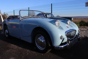 1959 Frogeye Sprite in Speedwell blue to show standard For Sale