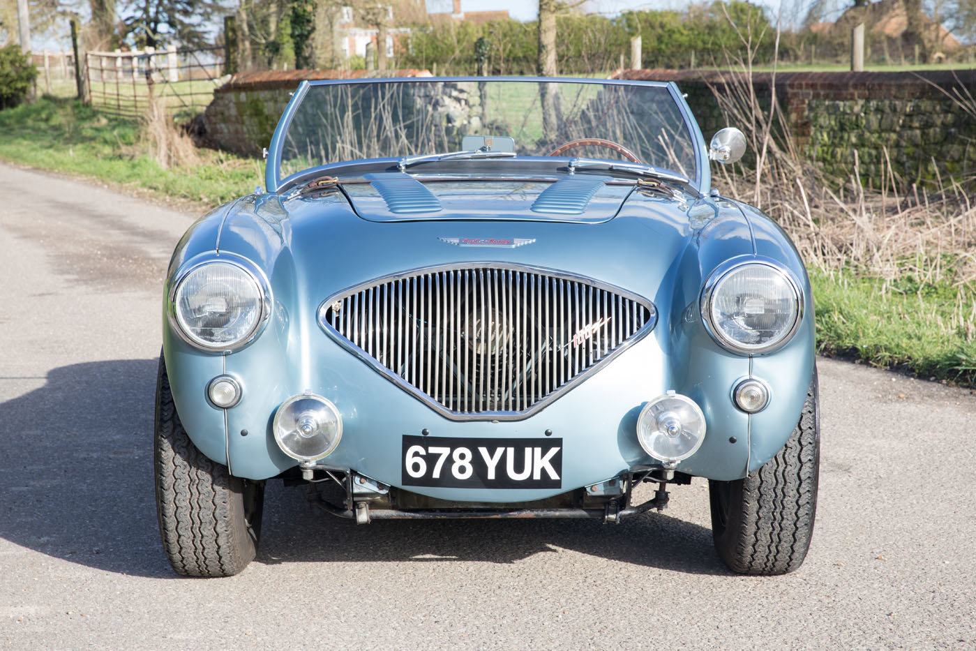 1955 Austin Healey 100/4 BN2 | Healey Blue, M Specification SOLD (picture 2 of 6)