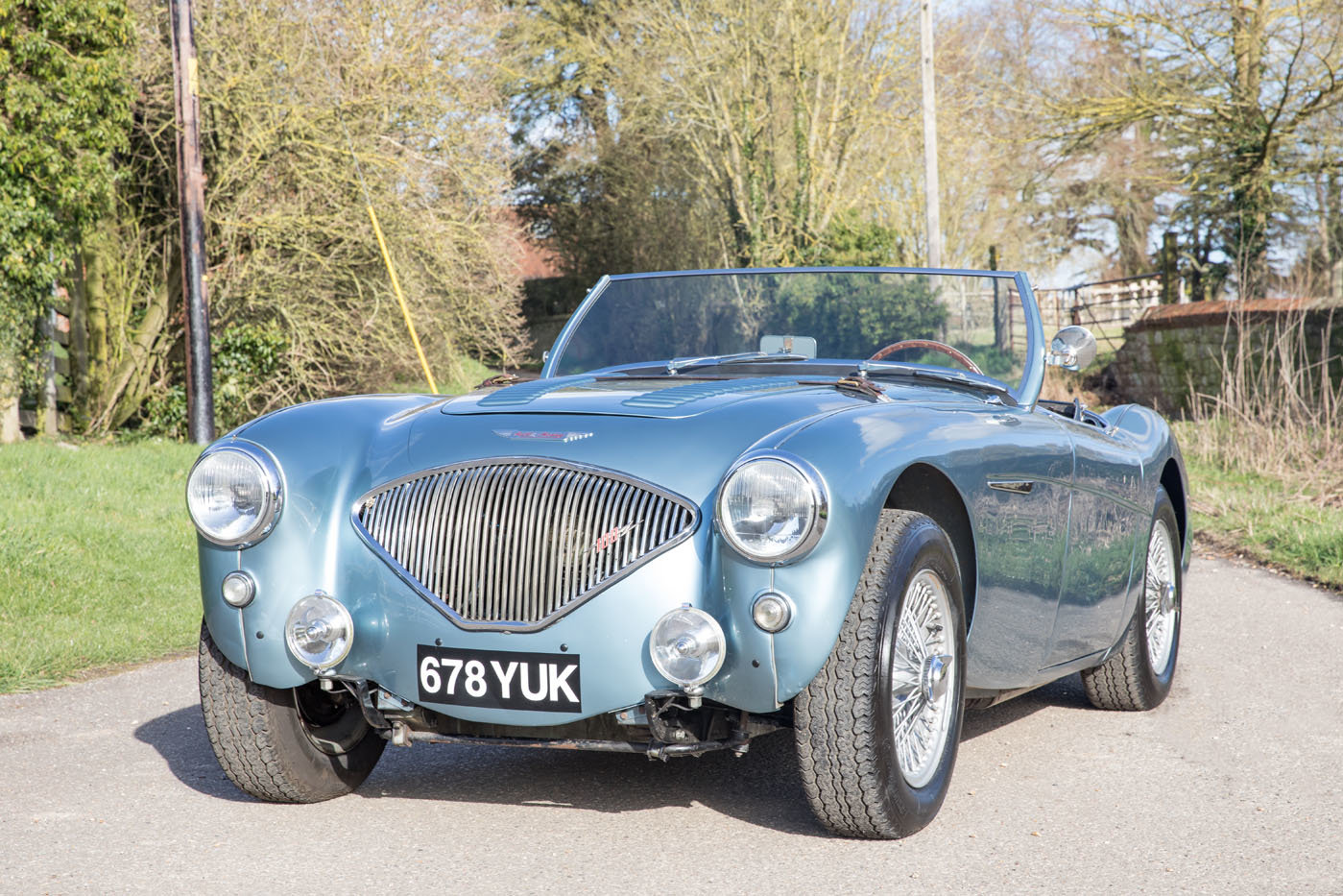 1955 Austin Healey 100/4 BN2 | Healey Blue, M Specification SOLD (picture 3 of 6)