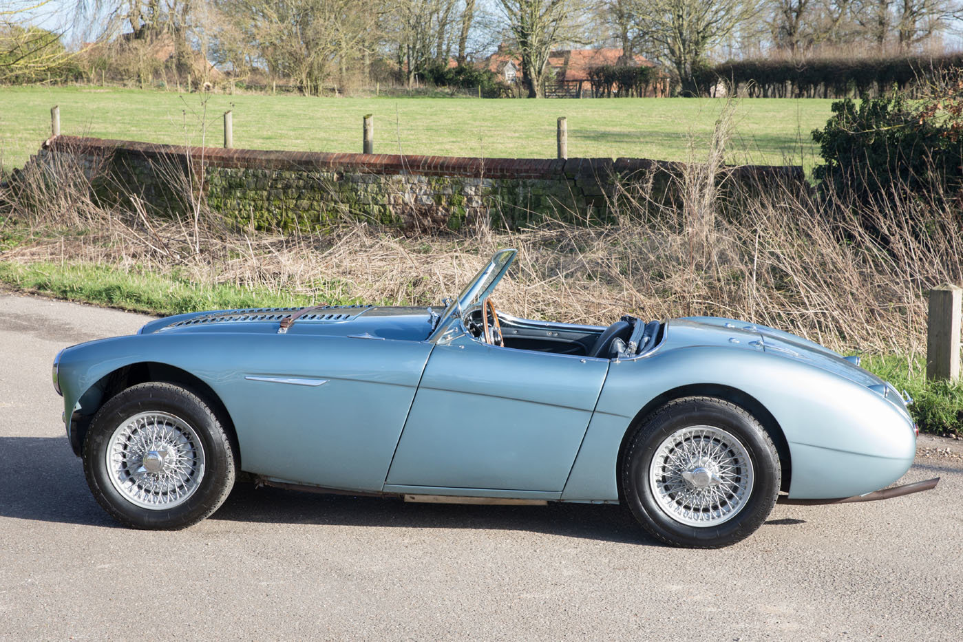 1955 Austin Healey 100/4 BN2 | Healey Blue, M Specification SOLD (picture 4 of 6)