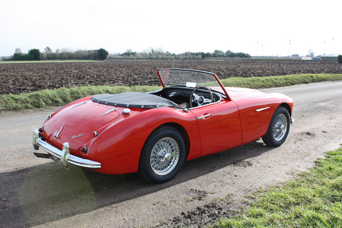 1962 AUSTIN HEALEY 3000 MKII FOUR SEATER. EXTENSIVELY RESTORED For Sale (picture 4 of 6)