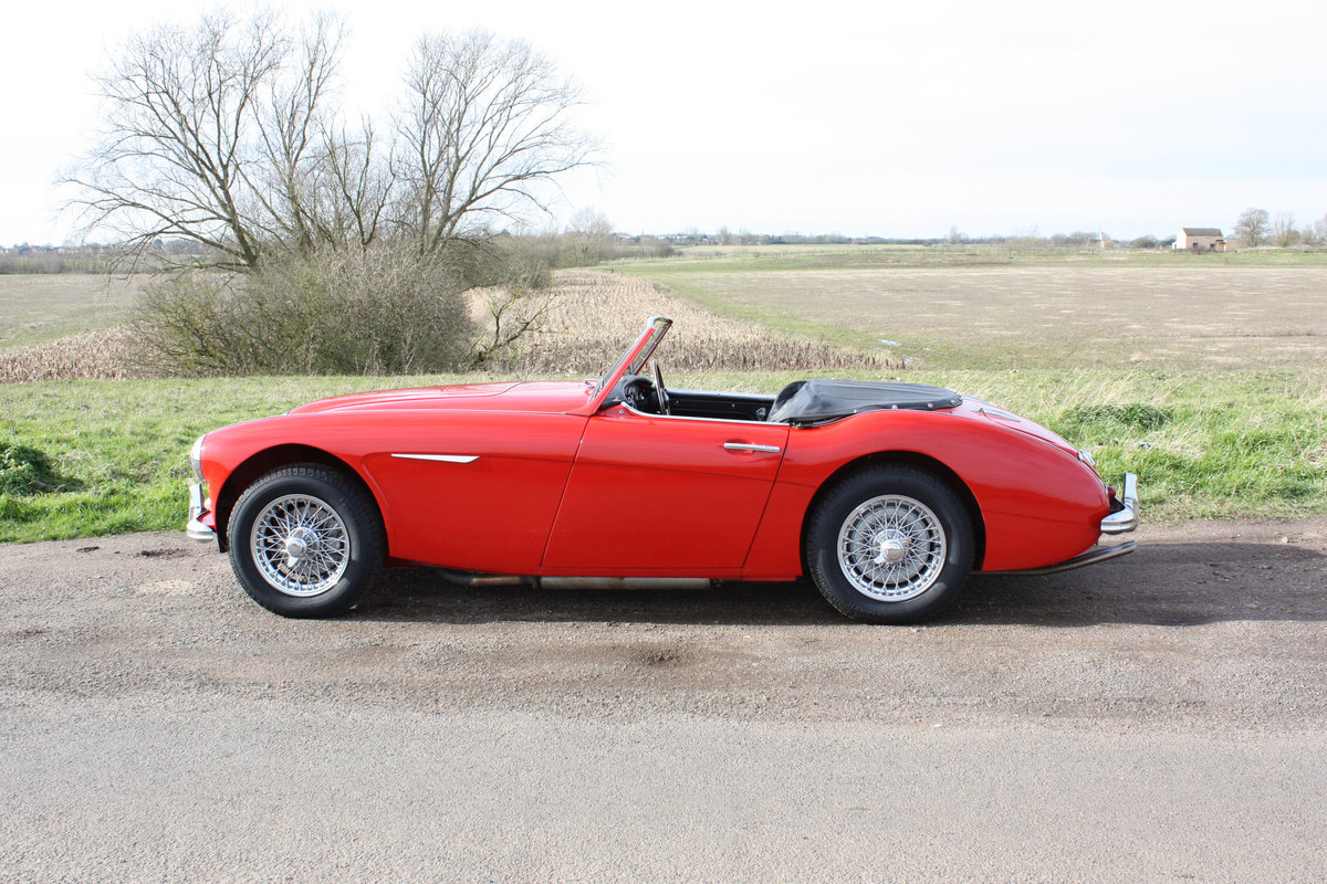 1962 AUSTIN HEALEY 3000 MKII FOUR SEATER. EXTENSIVELY RESTORED For Sale (picture 5 of 6)
