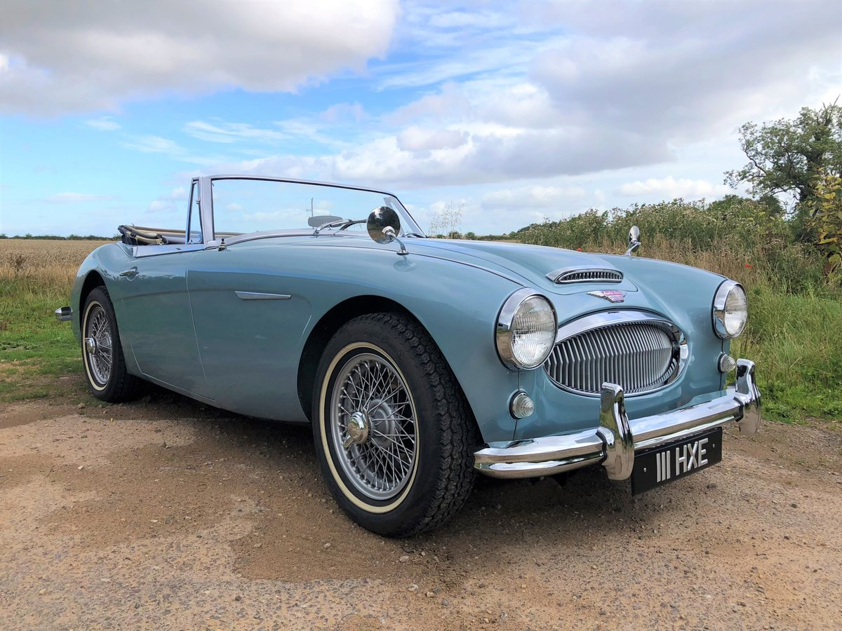1964 Austin Healey 3000 MKIII BJ8 SOLD (picture 1 of 10)