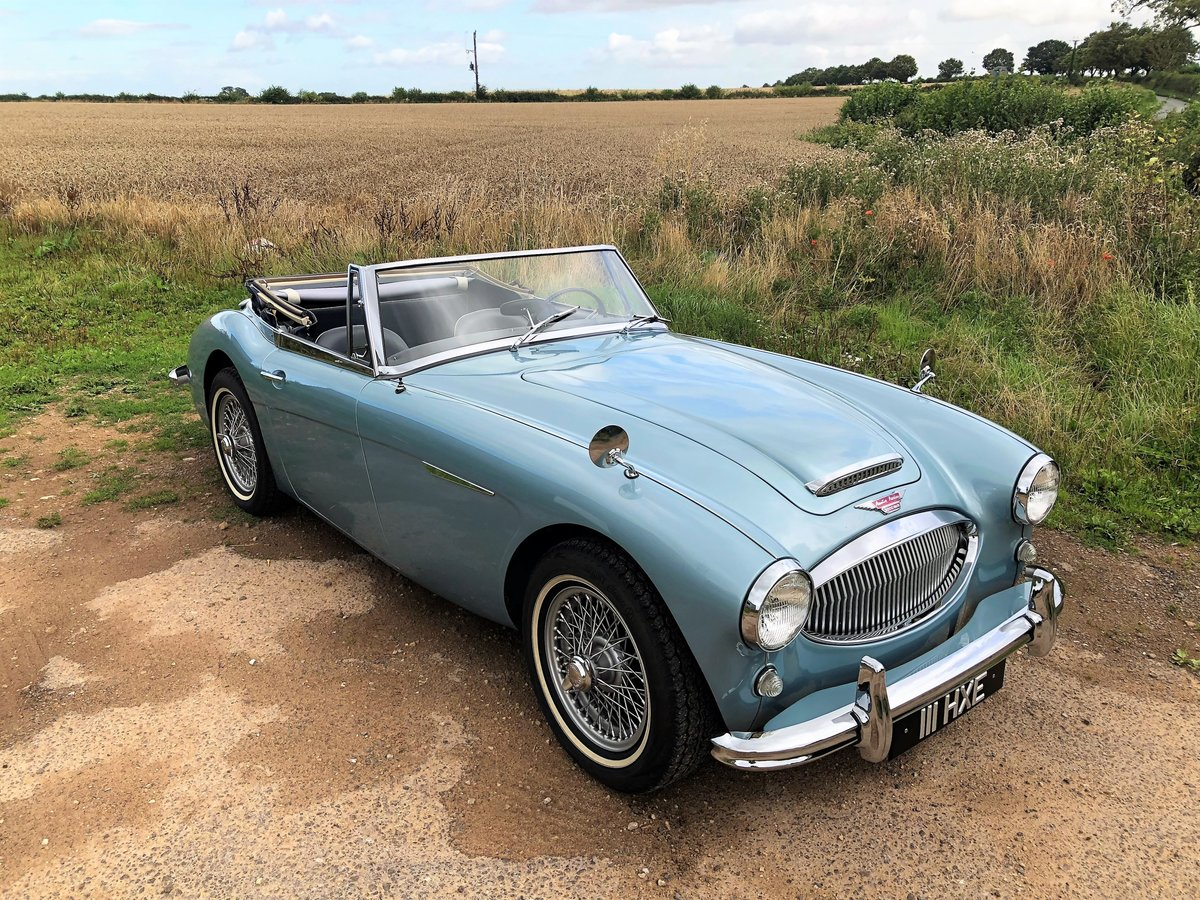 1964 Austin Healey 3000 MKIII BJ8 SOLD (picture 2 of 10)