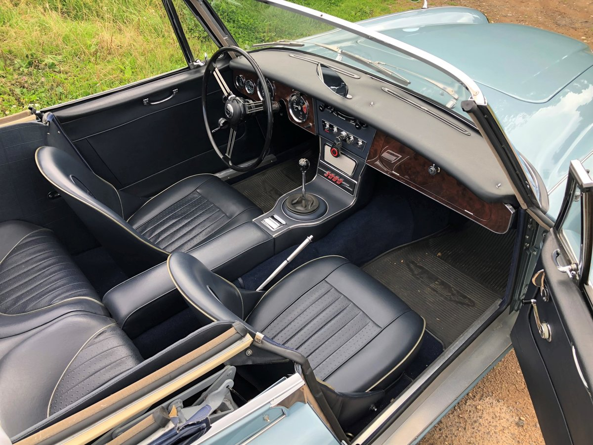 1964 Austin Healey 3000 MKIII BJ8 SOLD (picture 7 of 10)