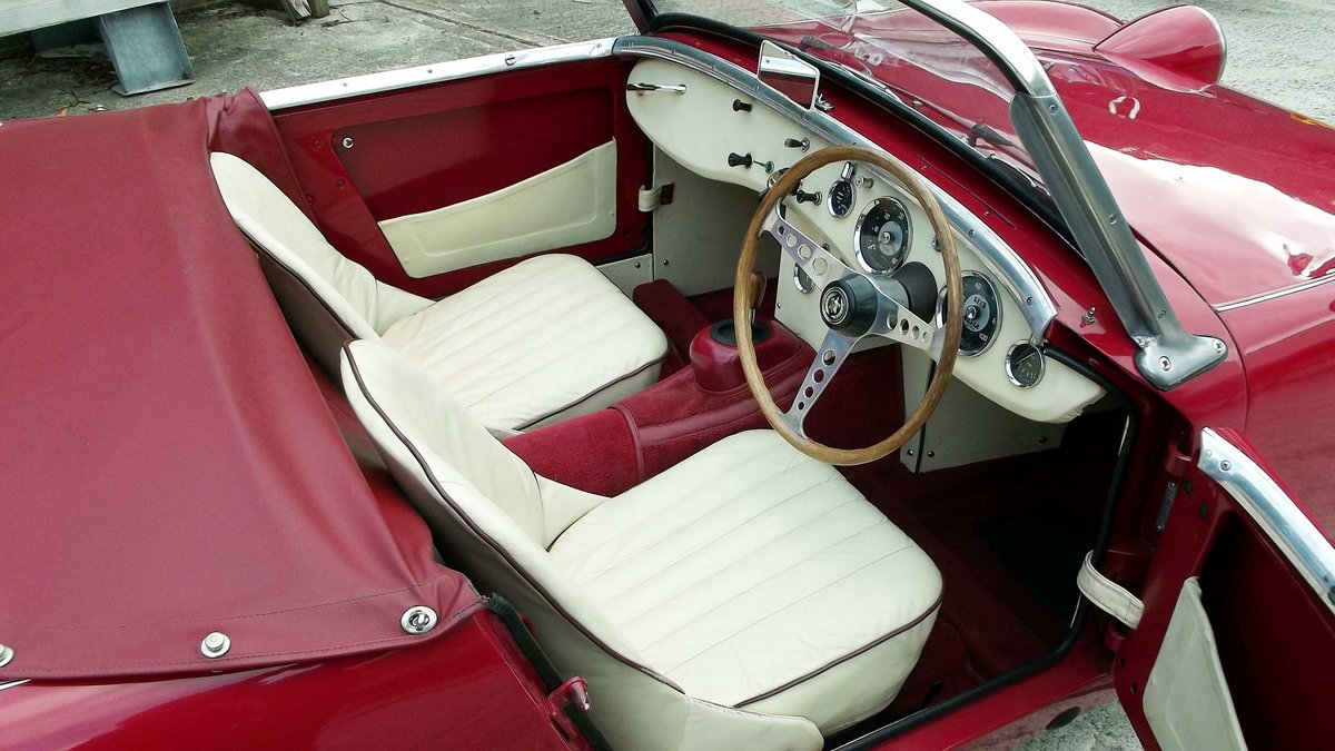 1960 AUSTIN-HEALEY FROGEYE SPRITE SOLD (picture 4 of 6)