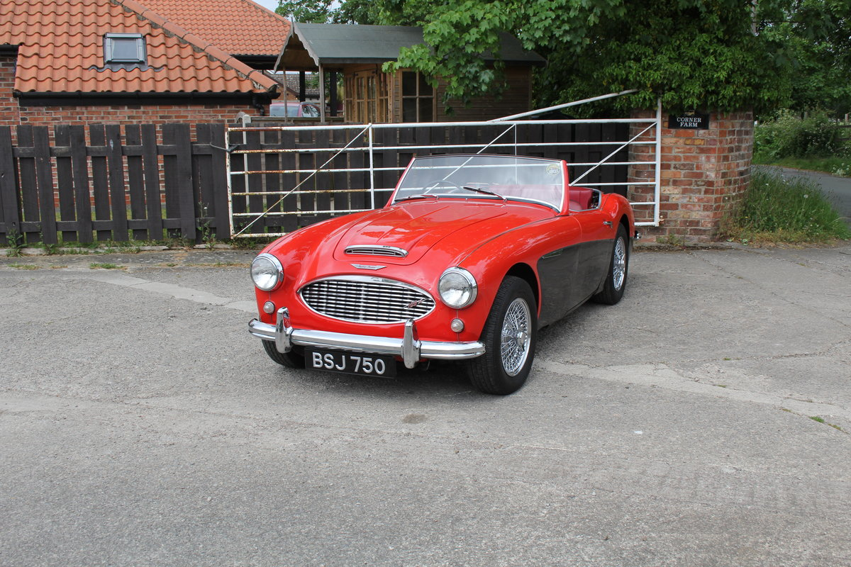 1958 Austin Healey 100-6 BN4, UK Matching No's, Superb History For Sale (picture 3 of 19)