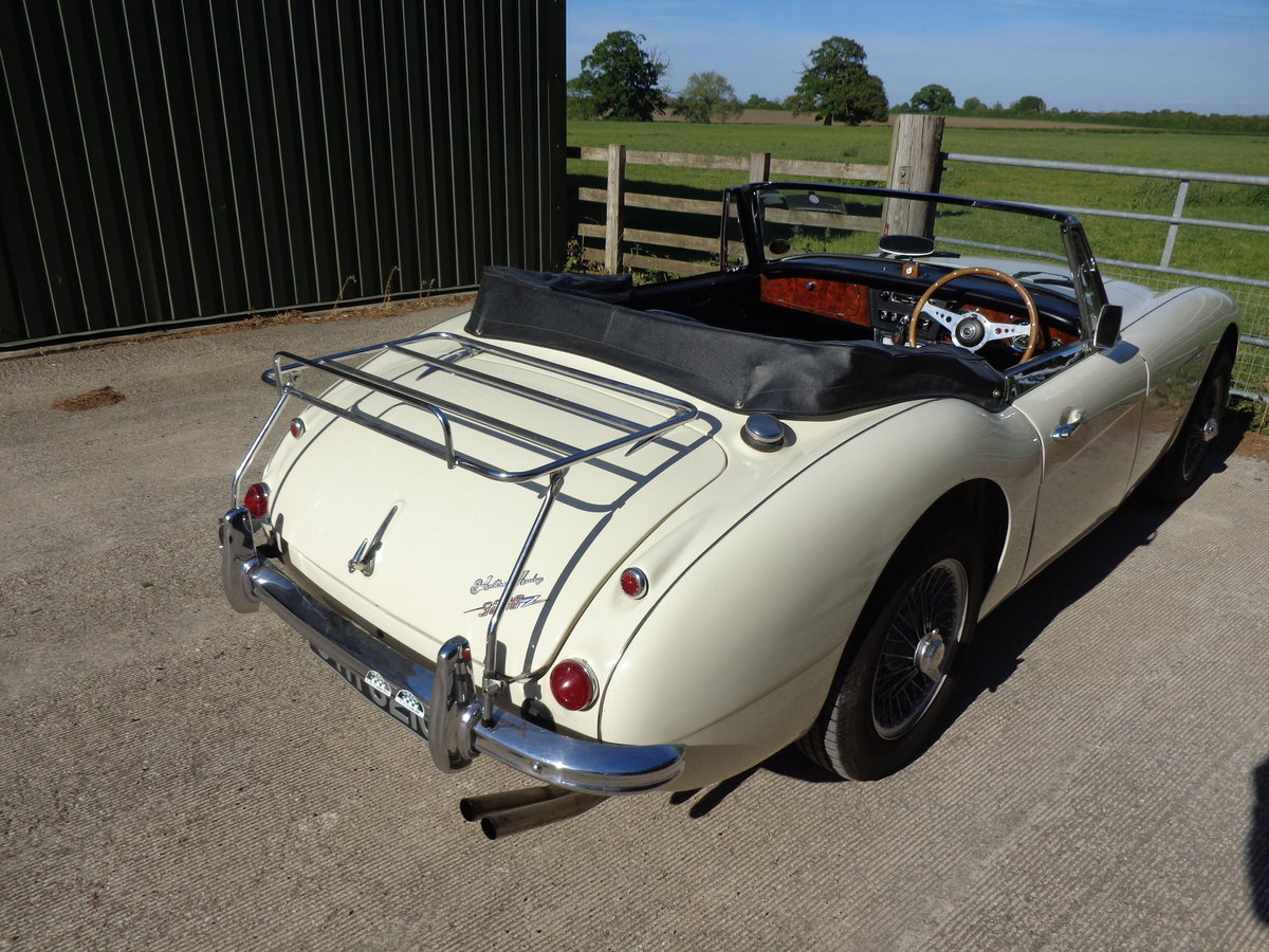 1965 AUSTIN HEALEY 3000 MK 3 PH 2 -  AN EARLIER RESTORATION For Sale (picture 3 of 6)