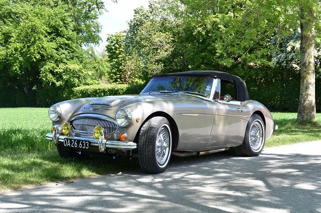1967 Austin Healey 3000 in Gold For Sale (picture 1 of 6)