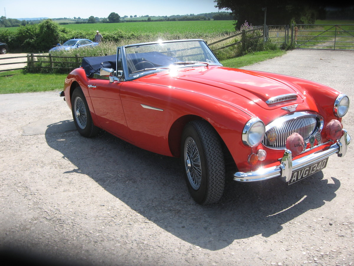 1966 Austin Healey Mk3 BJ8 fast road eng For Sale (picture 1 of 6)
