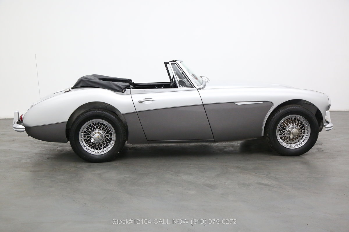 1965 Austin-Healey 3000 Convertible Sports Car For Sale (picture 2 of 6)
