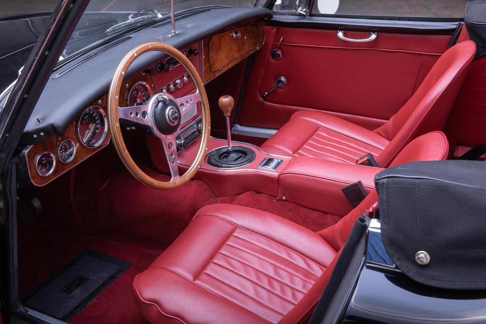 1966 Austin Healey 3000 MK 3  For Sale (picture 3 of 6)