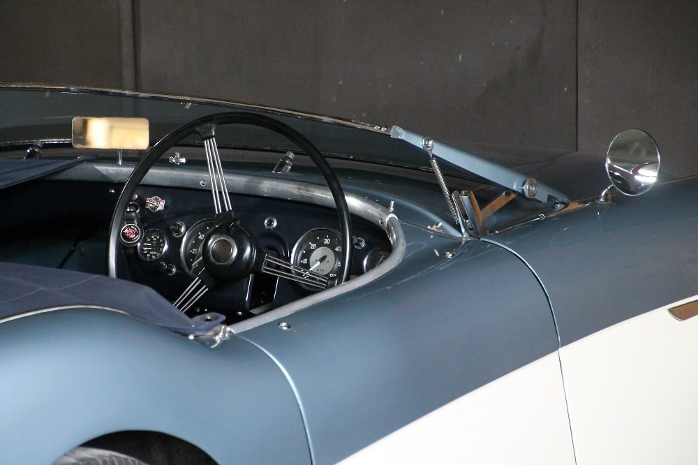 1956 Austin Healey 100/4 BN2 original home market RHD car For Sale (picture 3 of 6)