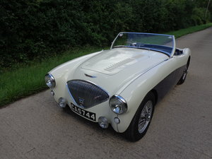 A REALLY LOVELY HEALEY 100 WITH 4 SPEED GEARBOX!