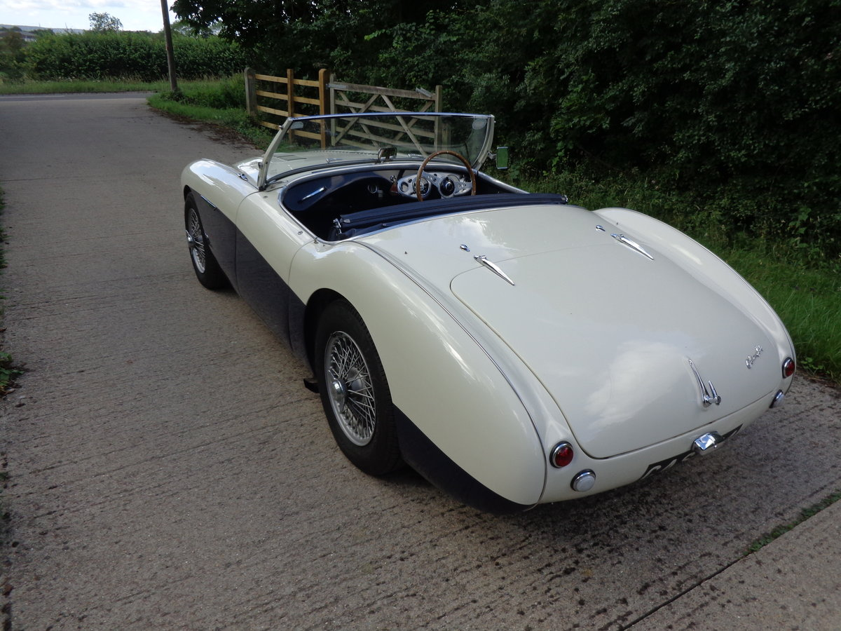 1954 A REALLY LOVELY HEALEY 100 WITH 4 SPEED GEARBOX! For Sale (picture 2 of 6)