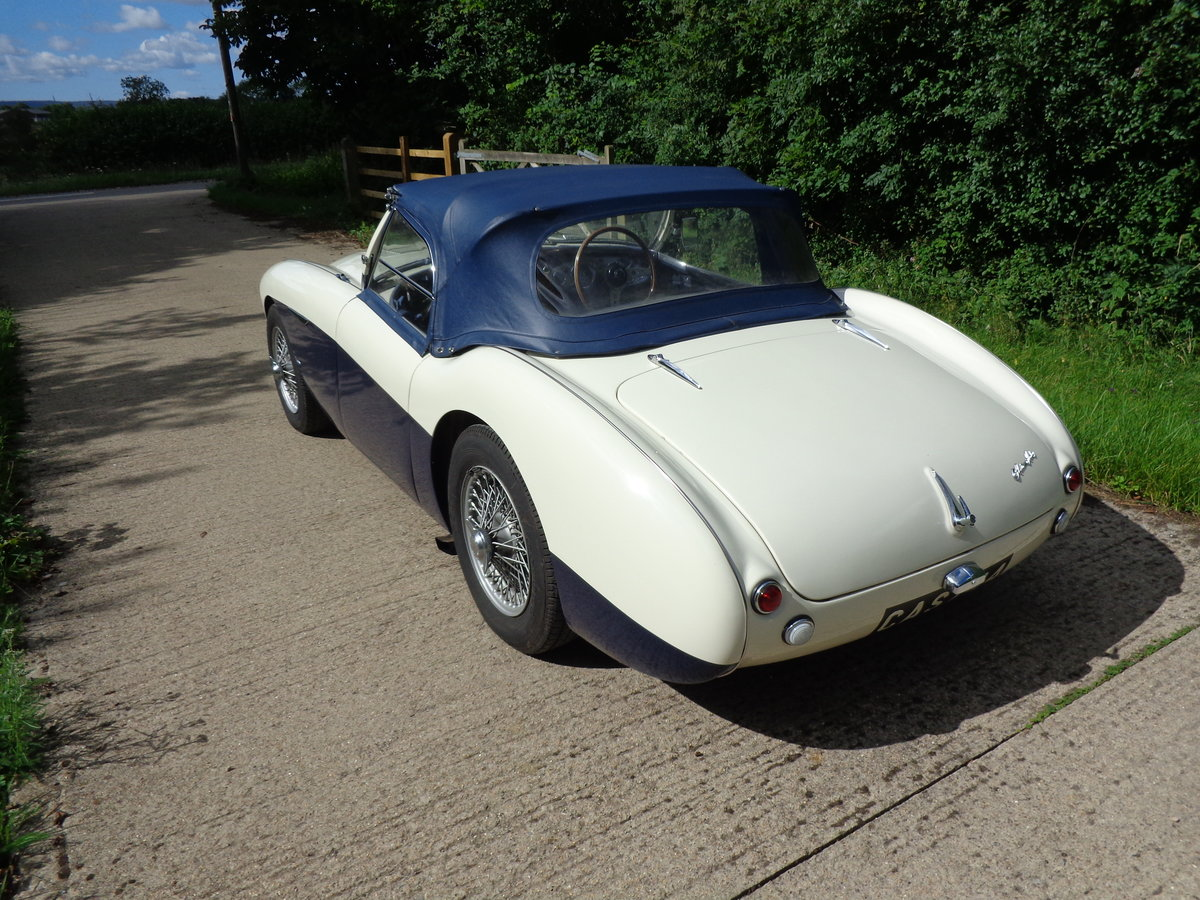 1954 A REALLY LOVELY HEALEY 100 WITH 4 SPEED GEARBOX! For Sale (picture 4 of 6)