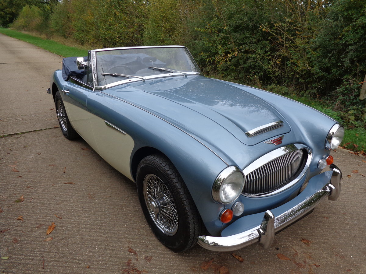 1967 AUSTIN HEALEY 3000 MK 3 PH 2 -  RESTORED TO SHOW STANDARD! For Sale (picture 2 of 6)