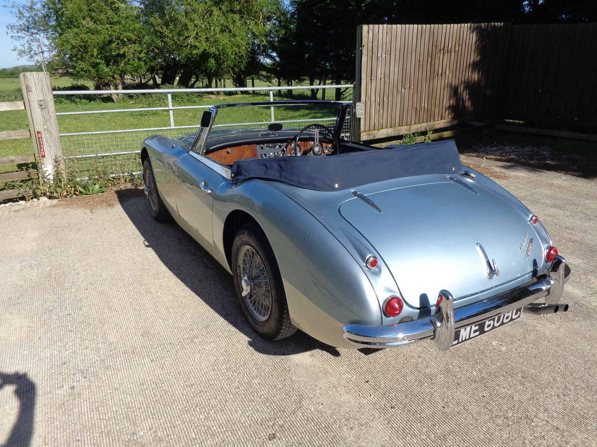 1965 AUSTIN HEALEY 3000 MK 3 PH2 - A NICELY MELLOWED RESTORATION  For Sale (picture 3 of 6)