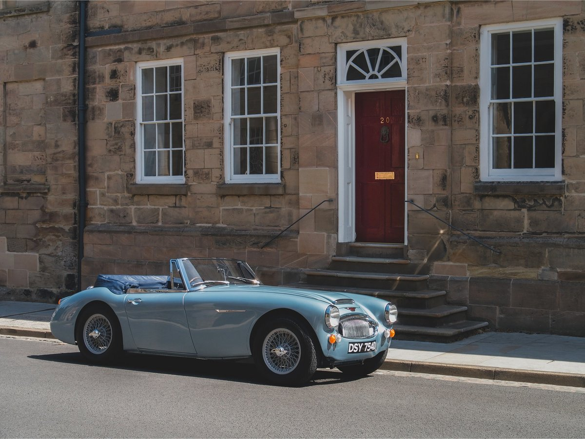 1966 Austin Healey 3000 MKIII BJ8 - JME Restored SOLD (picture 2 of 6)