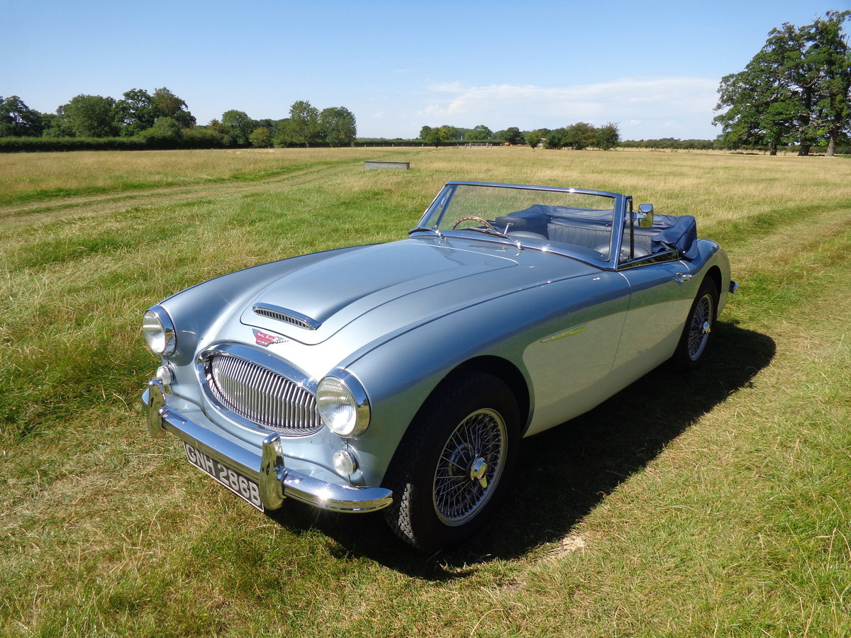 1964 AUSTIN HEALEY 3000 MK 3 PH 2 -  RESTORED TO SHOW STANDARD! For Sale (picture 1 of 6)