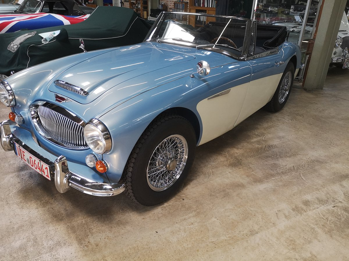 1965 Austin Healey 3000 MK III Cabrio  Fully  Restored For Sale (picture 2 of 6)