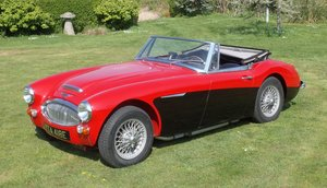 Picture of 1967 Austin Healey 3000 MkIII BJ8