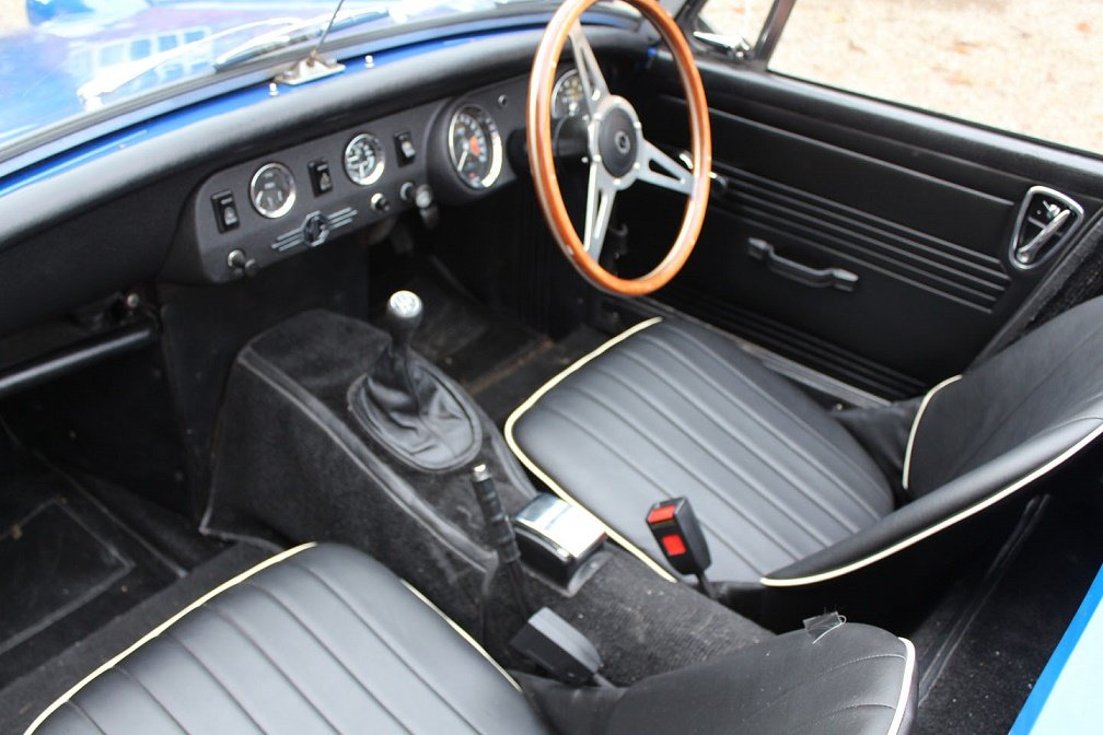 1976 Austin Healey Sprite Hire | Hire a Frogeye Sprite (replica) For Hire (picture 2 of 4)