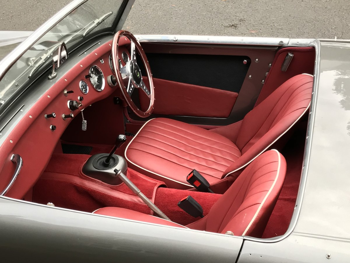 1960 Beautifully restored  Frogeye For Sale (picture 4 of 6)