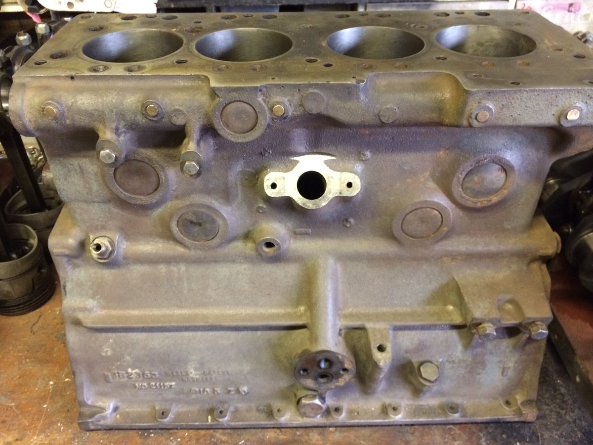 1953 Austin Healey 100 Engine Block For Sale (picture 4 of 5)
