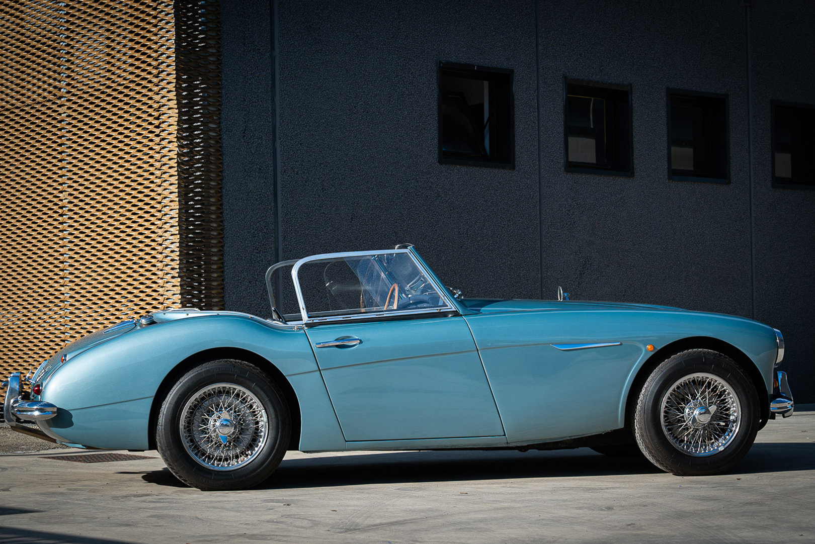 1961 AUSTIN HEALEY BT7 3000 MKII For Sale (picture 3 of 12)