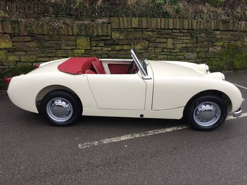 1959 AUSTIN HEALEY SPRITE MK 1  (FROG EYE) SOLD (picture 2 of 6)