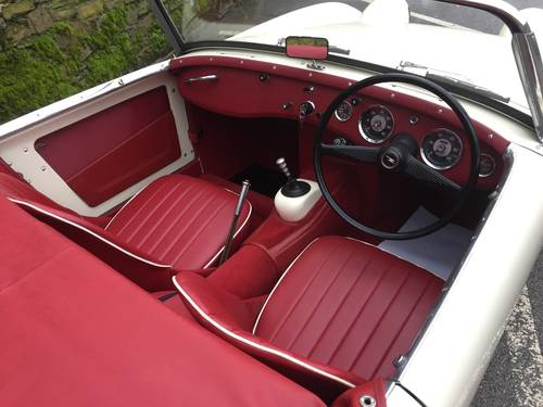 1959 AUSTIN HEALEY SPRITE MK 1  (FROG EYE) SOLD (picture 4 of 6)