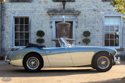 1964 Austin Healey 3000 MKIII BJ8 | Original Healey Blue & Ivory SOLD (picture 3 of 6)