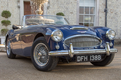 1964 Austin Healey 3000 MIII   950m Since Restoration SOLD (picture 1 of 6)