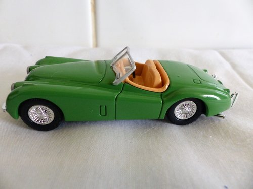 1960 STIRLING MOSS AUSTIN HEALEY 3000 & JAGUAR XK 120 For Sale (picture 5 of 6)