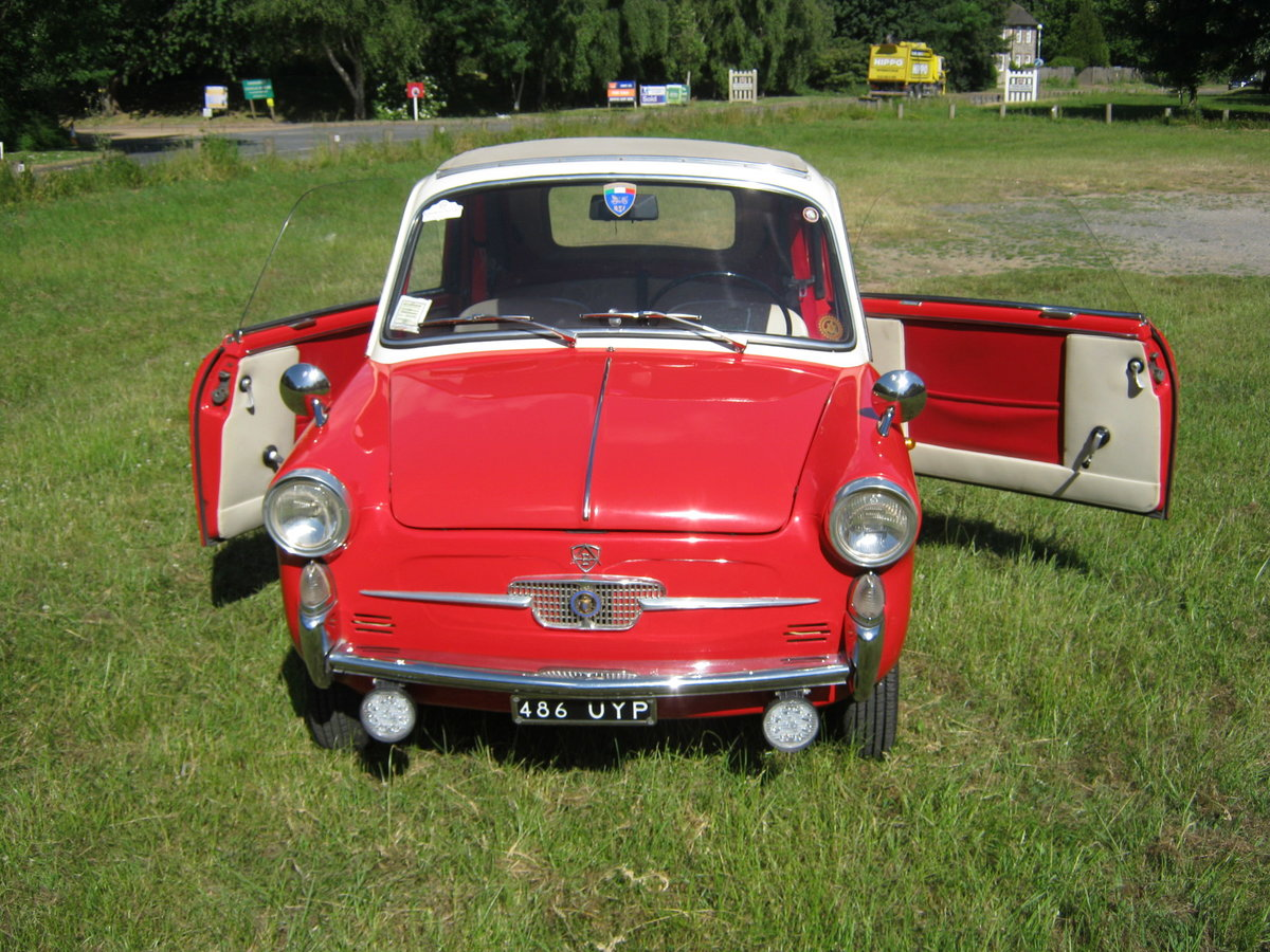 1958 AUTOBIANCHI BIANCHINA TRASFORMABILE 'S'. SUICIDE DOORS For Sale (picture 2 of 6)