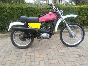 Moto Beta cross 125