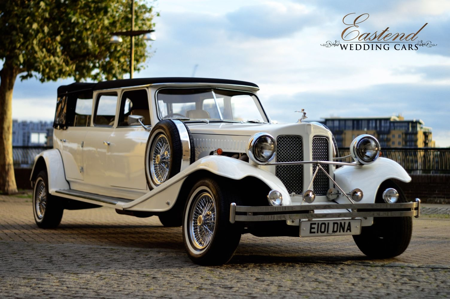 2018 Vintage wedding Car hire For Hire (picture 2 of 6)