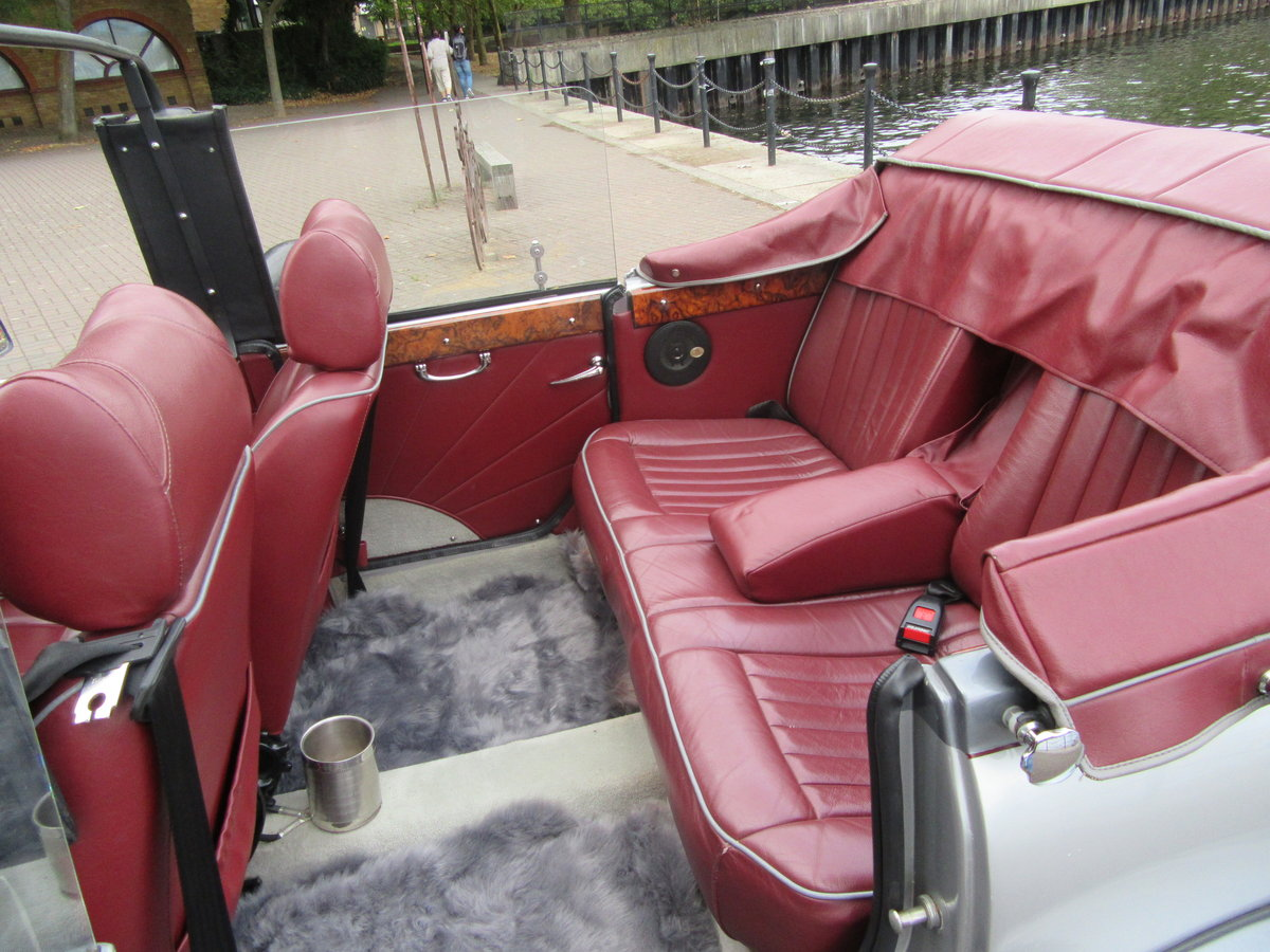 1982 Beauford Open Top Convertible 2.8 For Sale (picture 4 of 6)