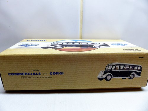 CORGI BEDFORD OB COACH, WARBURTONS OF BURY For Sale (picture 6 of 6)