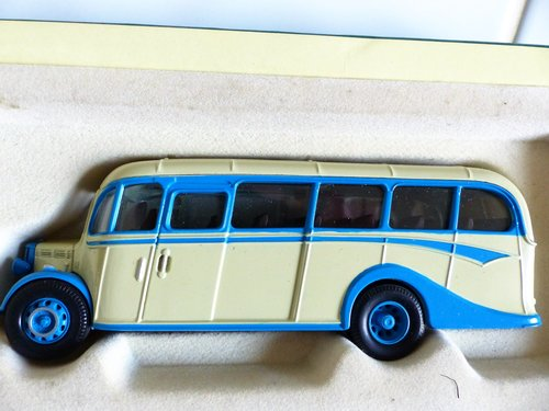 BEDFORD OB COACH-SCILLY ISLES-VICS TOURS 1:50 For Sale (picture 2 of 6)
