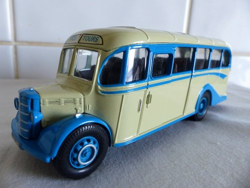 BEDFORD OB COACH-SCILLY ISLES-VICS TOURS 1:50 For Sale (picture 3 of 6)