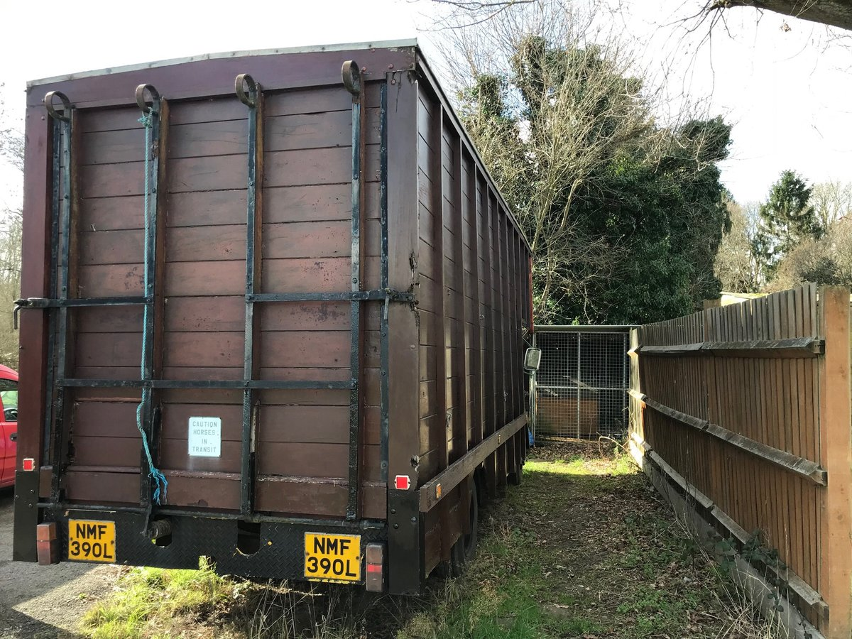 1972 Bedford TK Horsebox For Sale (picture 3 of 3)