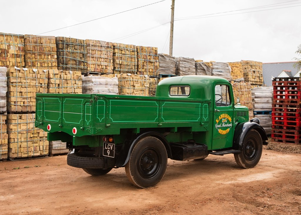 1948 Bedford K-Type Truck (30 cwt) SOLD by Auction (picture 3 of 6)