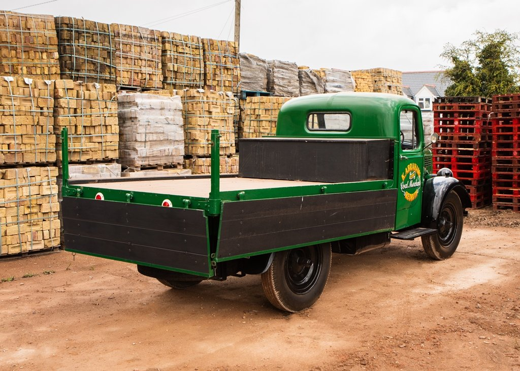 1948 Bedford K-Type Truck (30 cwt) SOLD by Auction (picture 5 of 6)