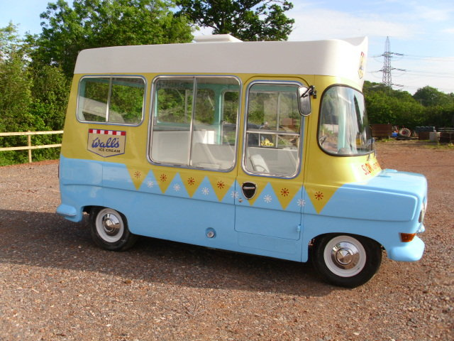 1969 bedford ca electrofreeze ice cream van For Sale (picture 3 of 6)