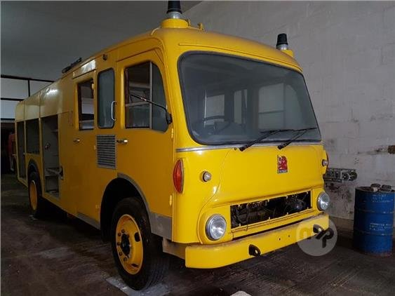 1982 FIRE TRUCK For Sale (picture 1 of 2)