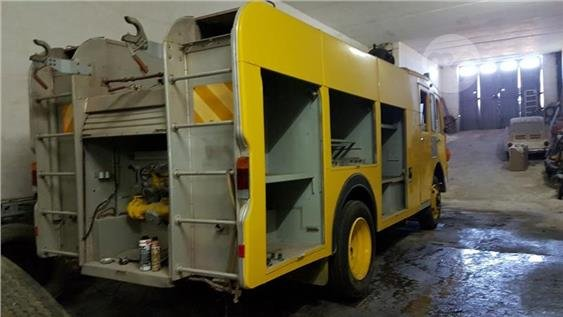 1982 FIRE TRUCK For Sale (picture 2 of 2)