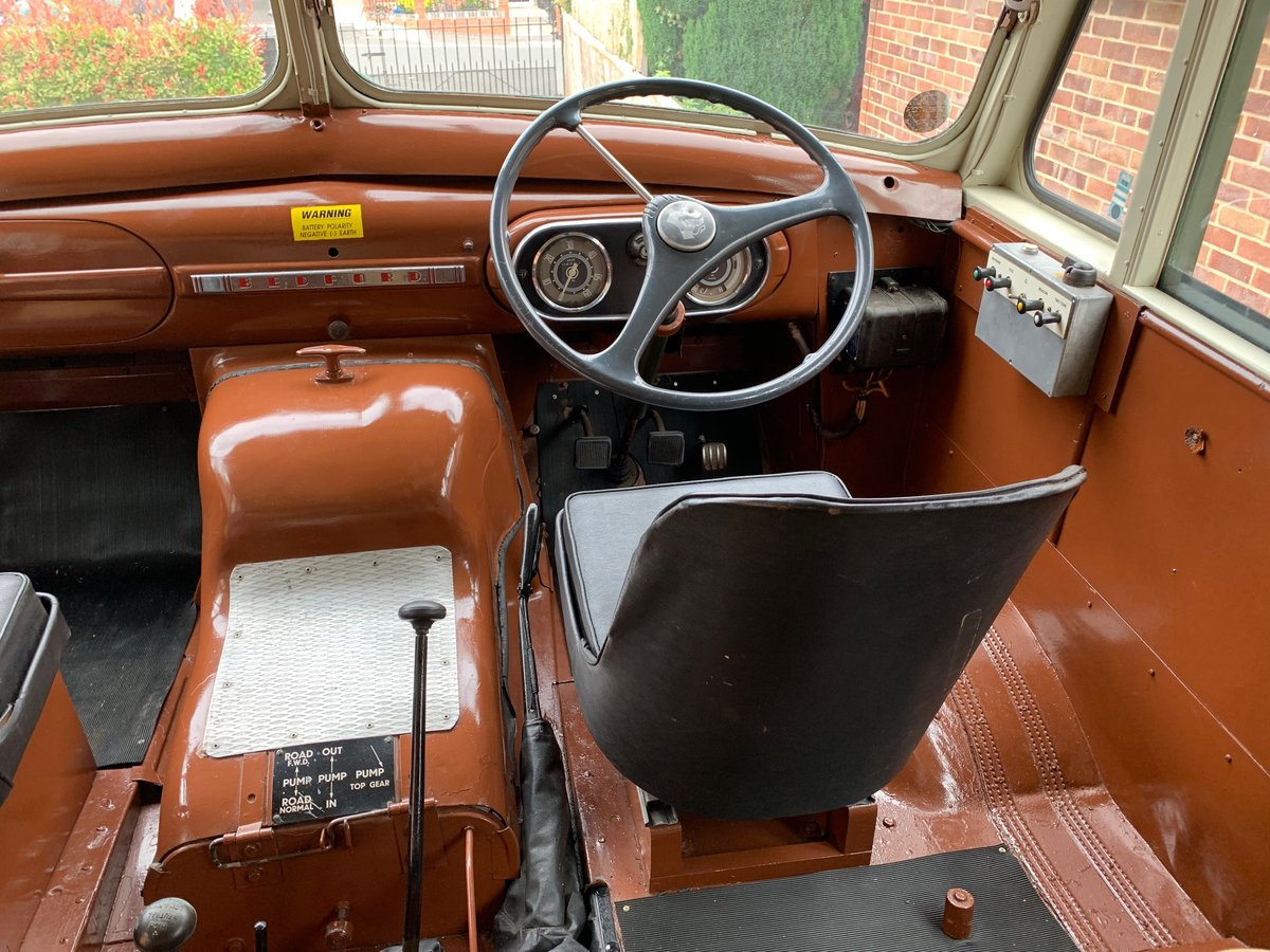 1957 Bedford RL Green Goddess Museum Quality  For Sale (picture 6 of 6)