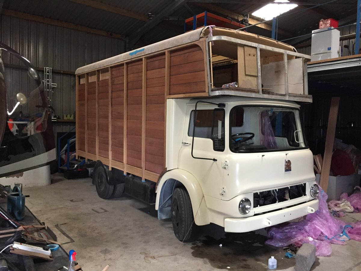 1976 Lovingly Restored Bedford TK For Sale (picture 3 of 4)